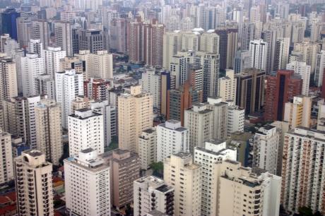 GIANT CITY