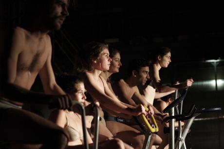 Schwalbe Perform On Their Own/Schwalbe speelt op eigen kracht